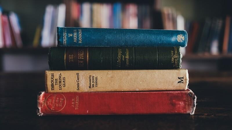 Dónde puedes encontrar libros antiguos